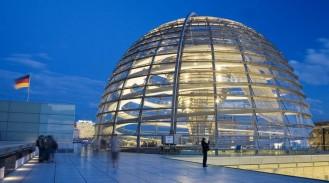 Berlin-Берлін-купол-Рейхстагу-1024x570