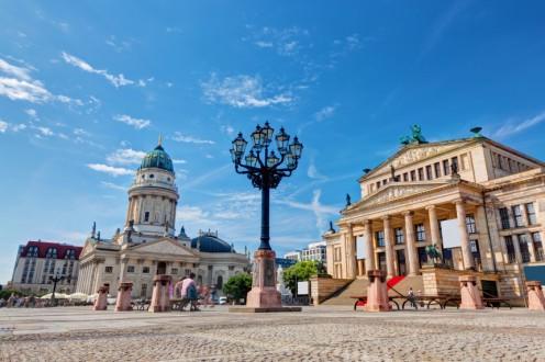 gendarmenmarkt-berlin_photocreo-michal-bednarek_shutterstock-com-e1441700318266