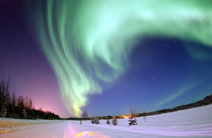 Top-Hotels-for-Viewing-Northern-Lights